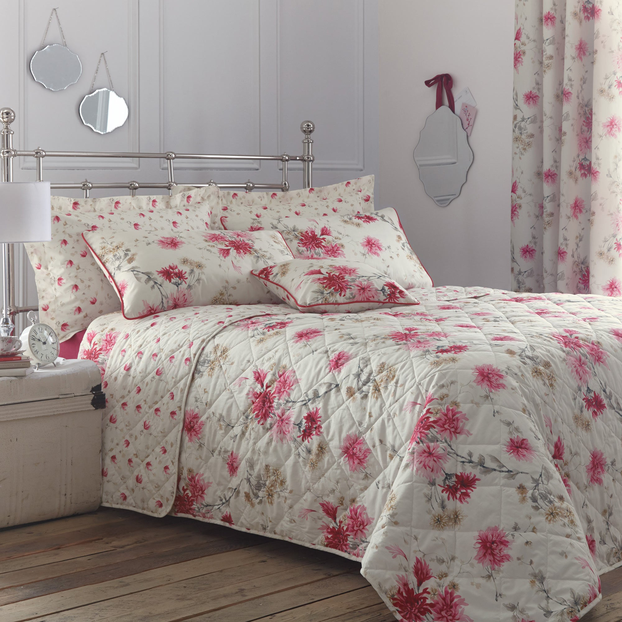 Image of Analise Pink Bedspread Pink