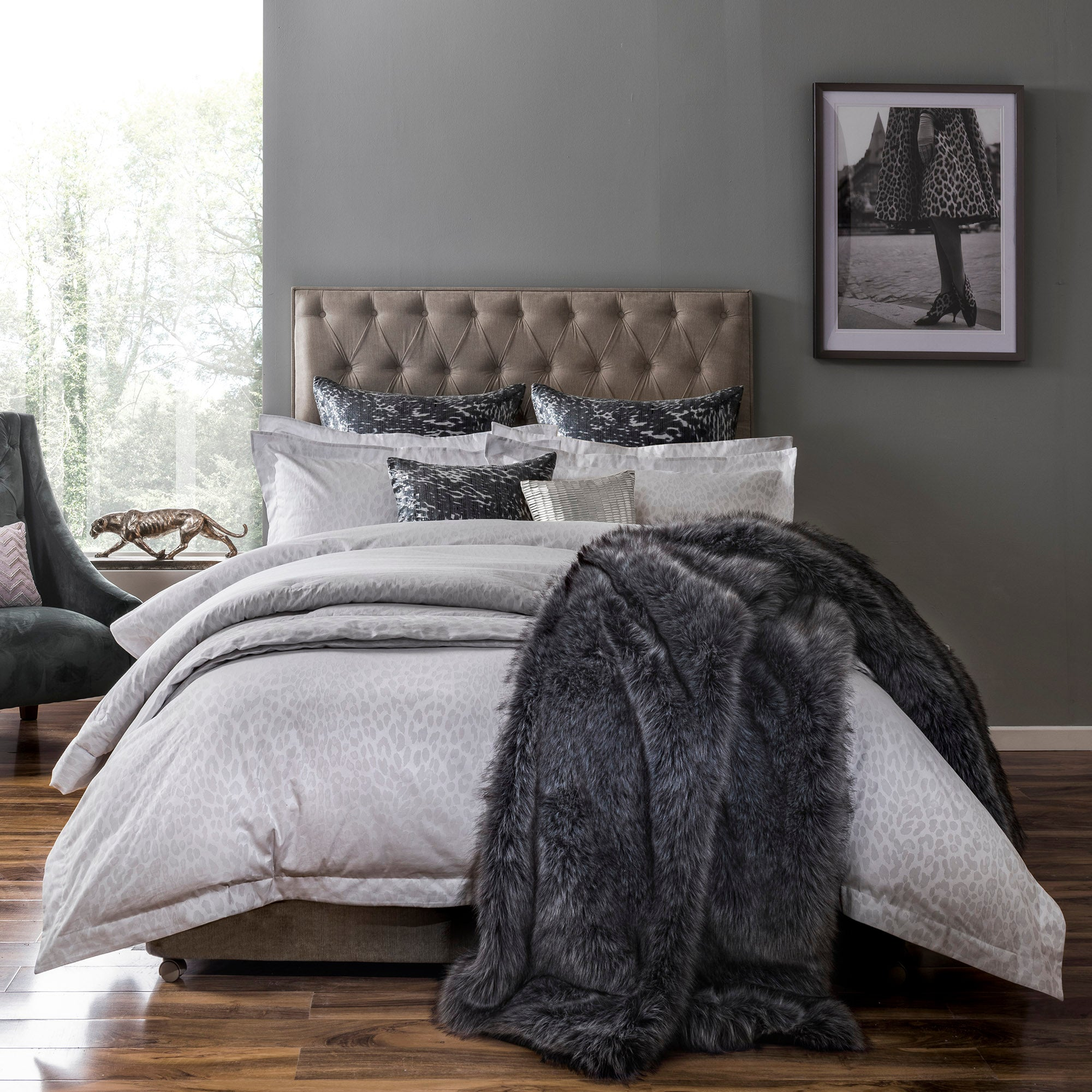 Image of 5A Fifth Avenue Broadway Jacquard 100% Cotton Duvet Cover Grey
