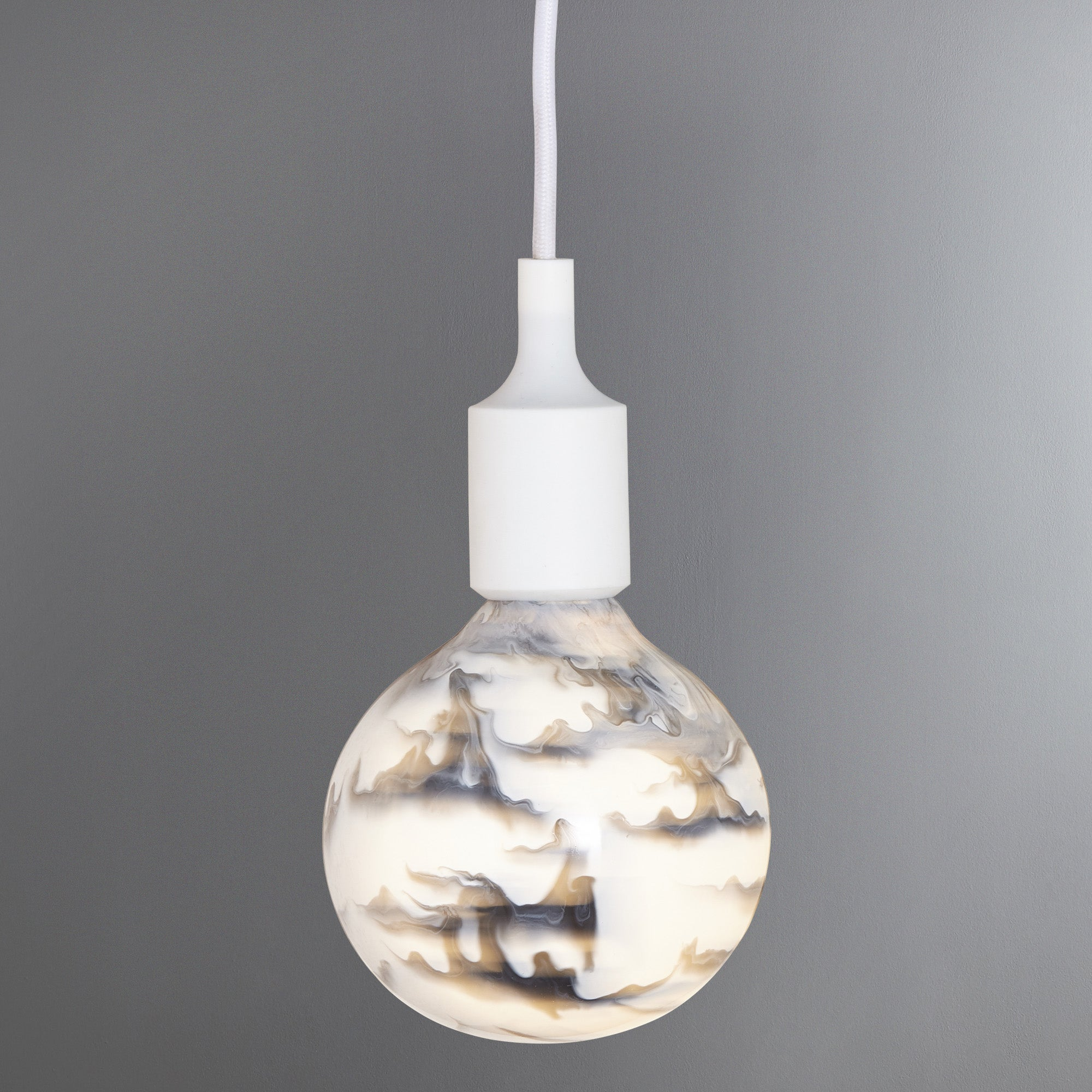 Photo of Marble paintpot light filament white