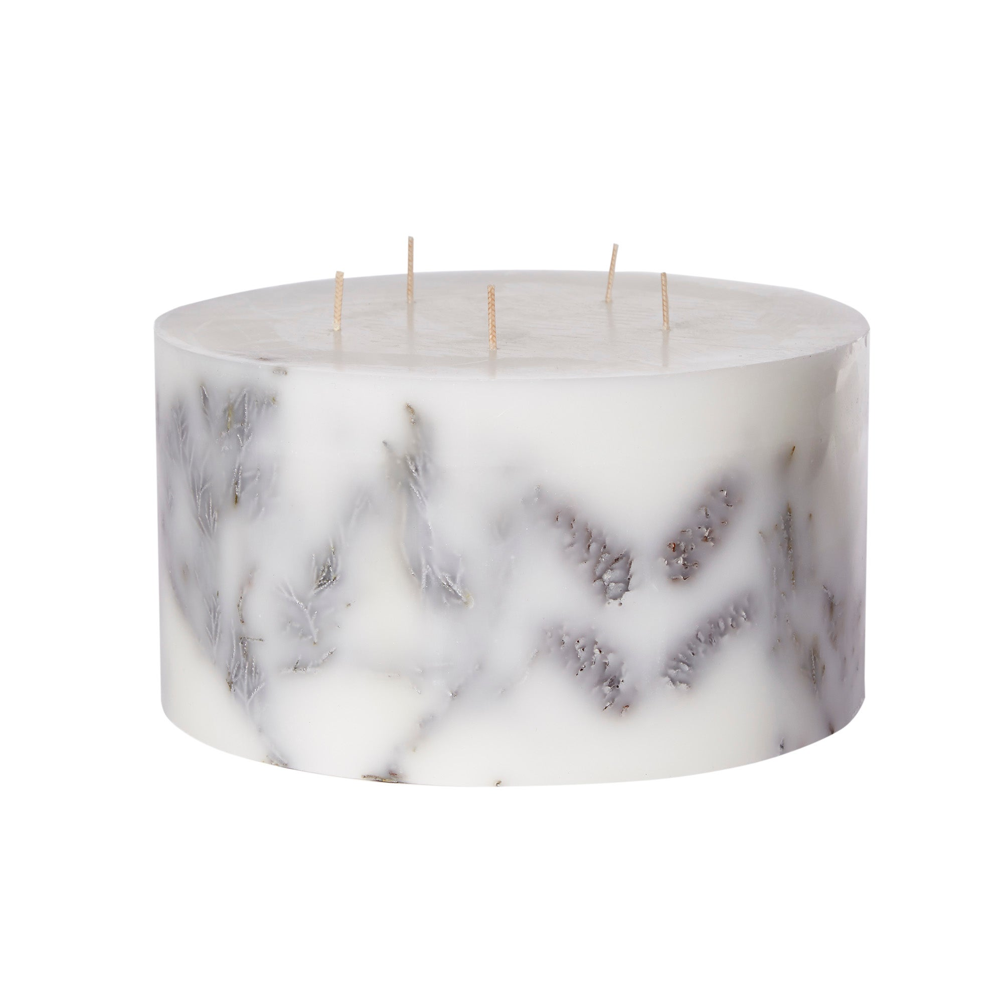 Photo of Large 5 wick nordic spruce inclusion candle white