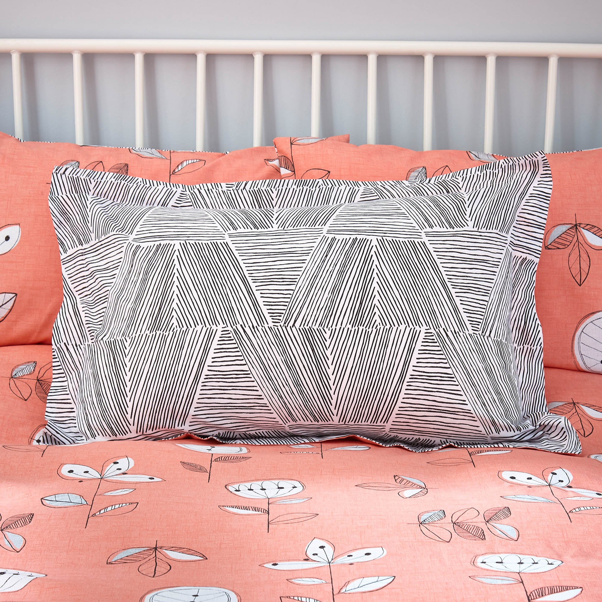 Image of Elements Sunflower Coral Oxford Pillowcase Pink