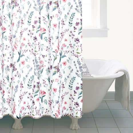 Check Out These Cute Fabric Shower Curtains