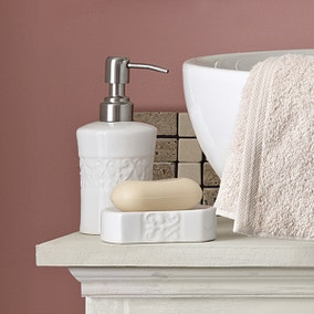 Embossed Swirl Bathroom Collection