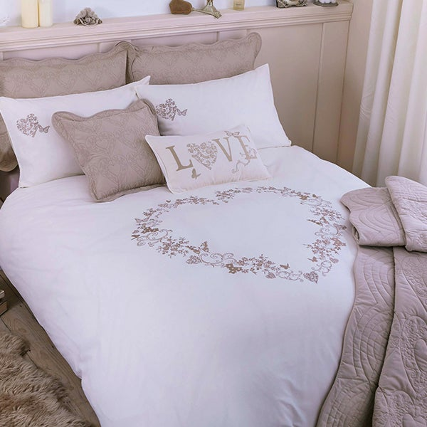 Parisian Cream Bed Linen Collection
