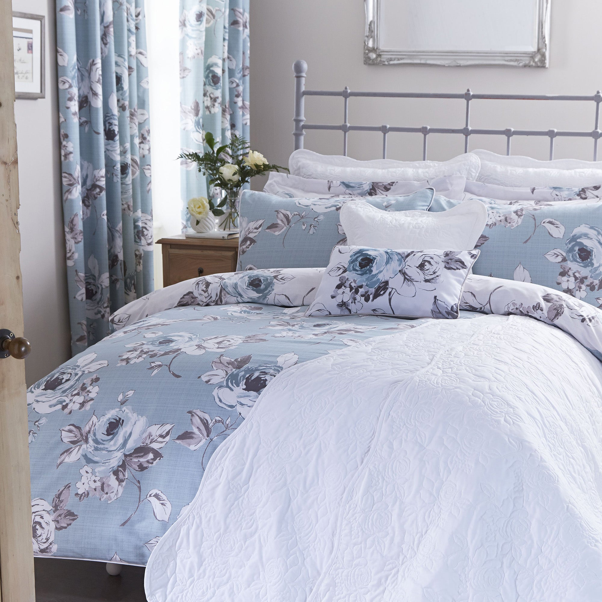 Pretty Vintage Duck Egg Bed Linen Collection