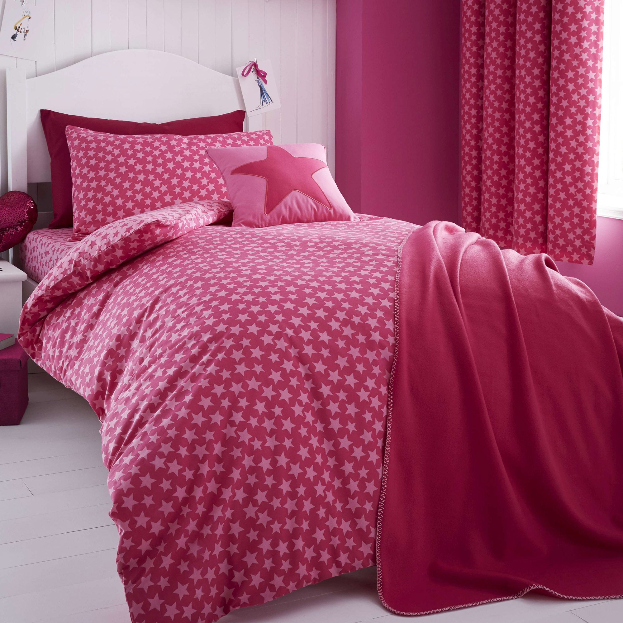 Ditsy Star Pink Bed Linen Collection