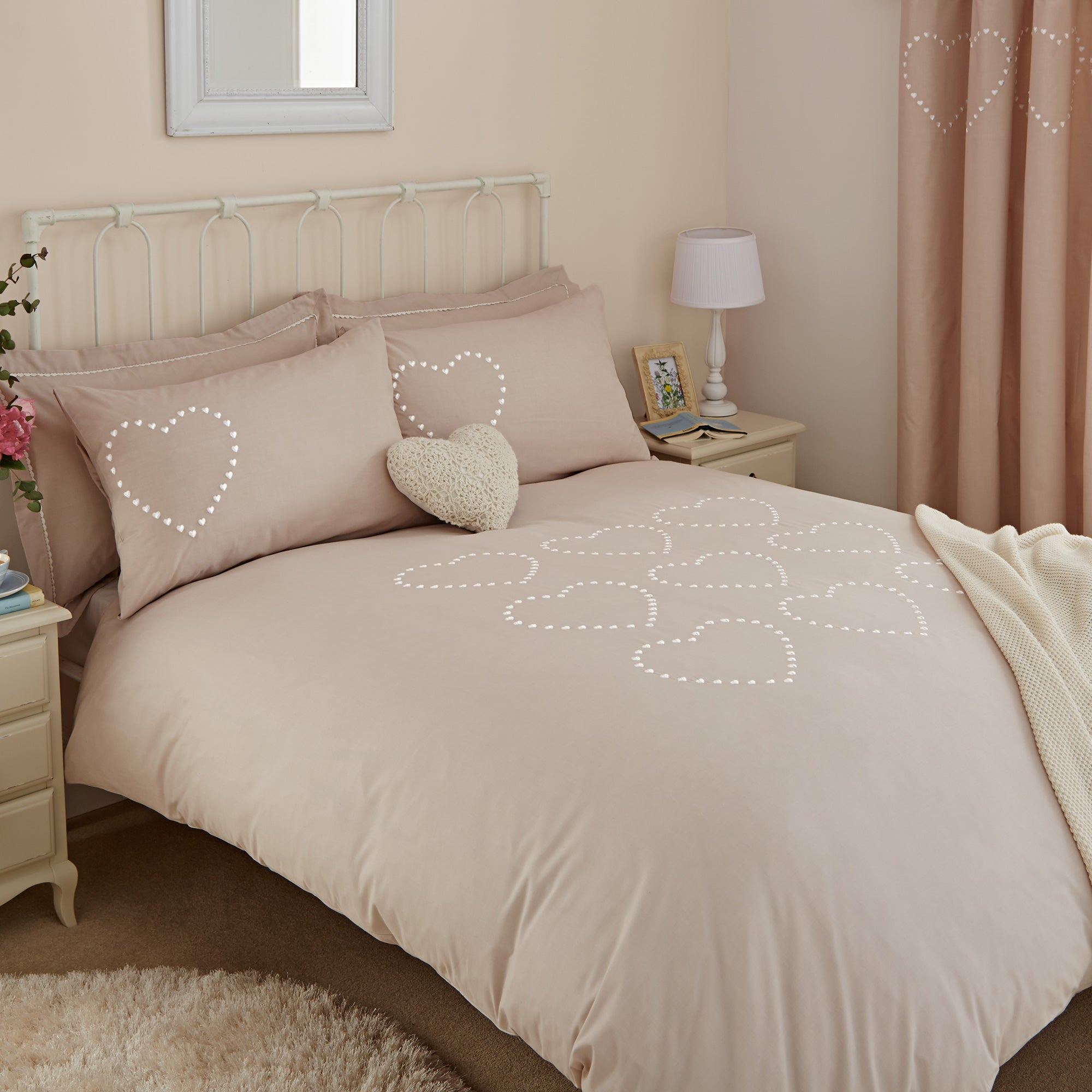 Betsy Natural Bed Linen Collection