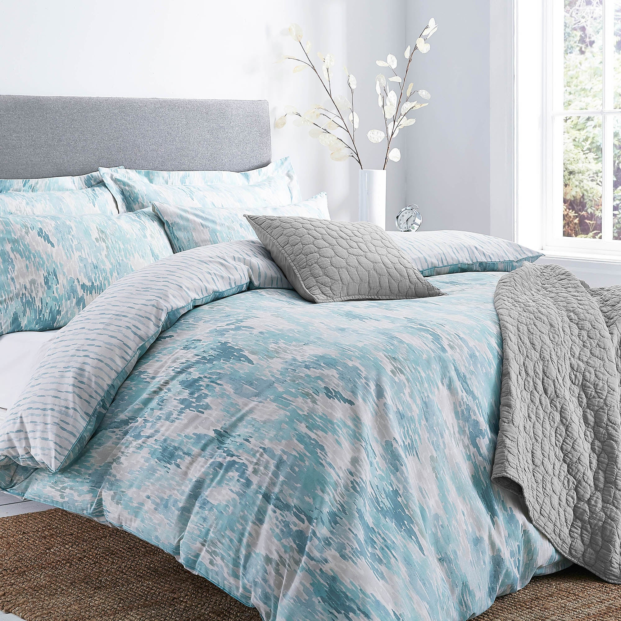 Waves Teal Bed Linen Collection