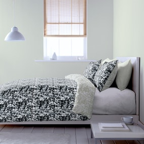 Hadley Black Bed Linen Collection