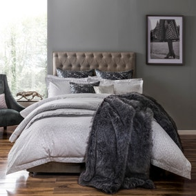 5A Broadway Grey Bed Linen Collection
