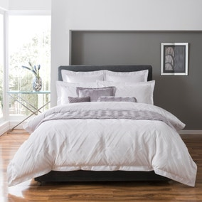 5A Fifth Avenue Chrysler Bed Linen Collection