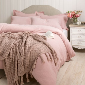 Lara Pink Bed Linen Collection
