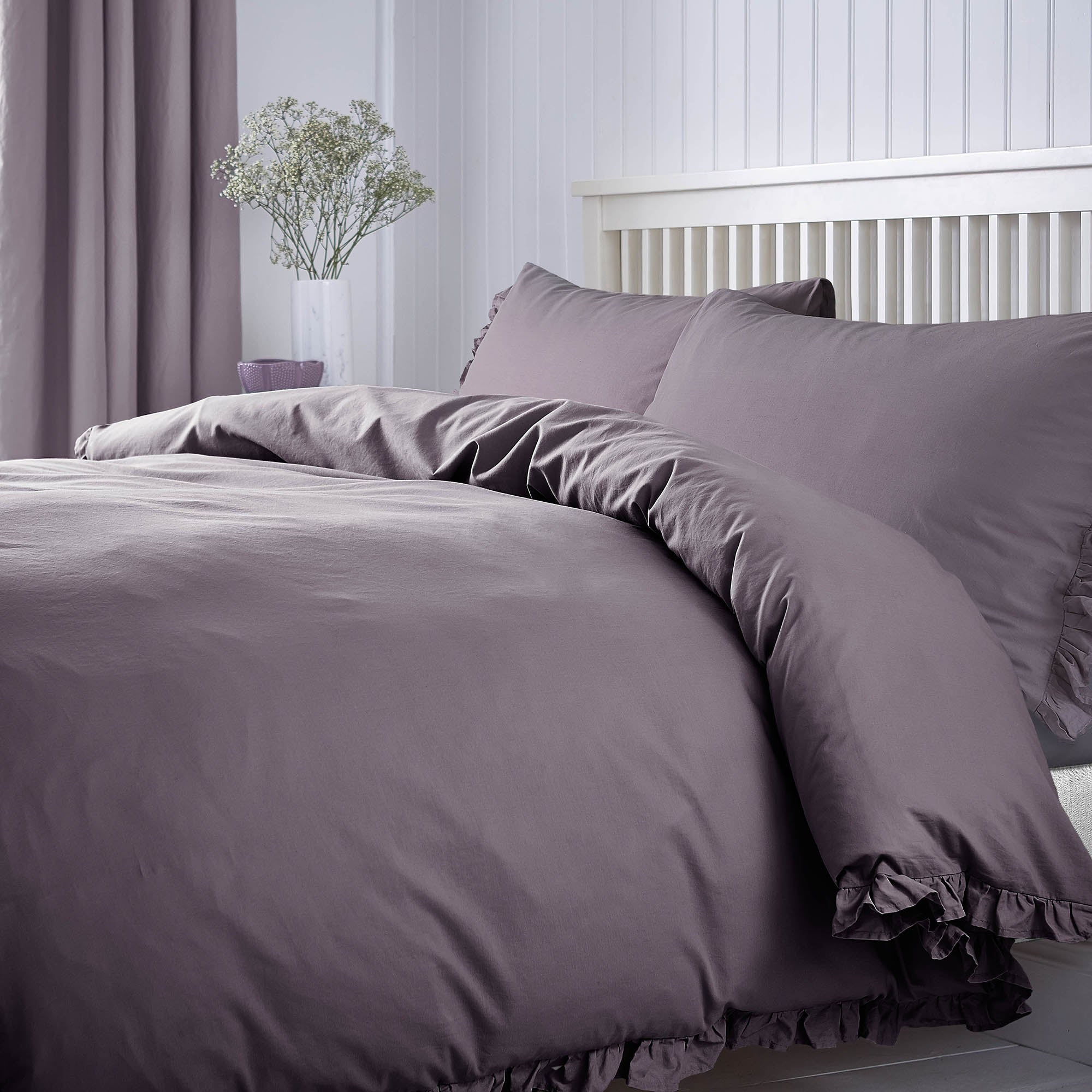 Ruffle Mauve Bed Linen Collection
