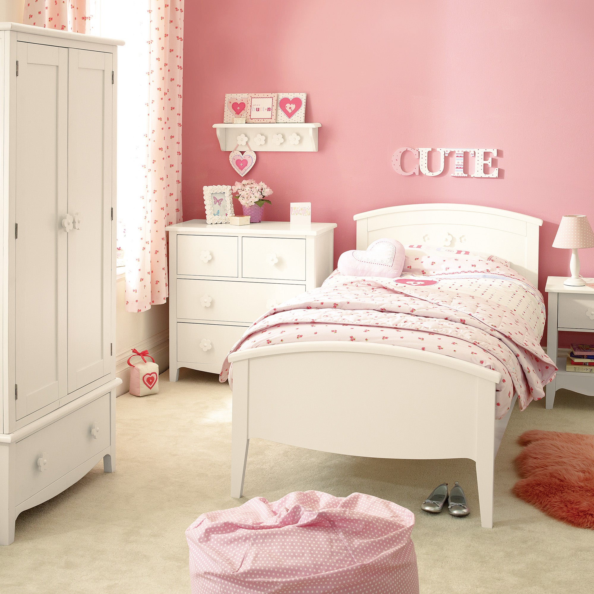 Daisy Bedroom Furniture Collection
