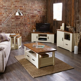 Loxley Cream Living Room Collection