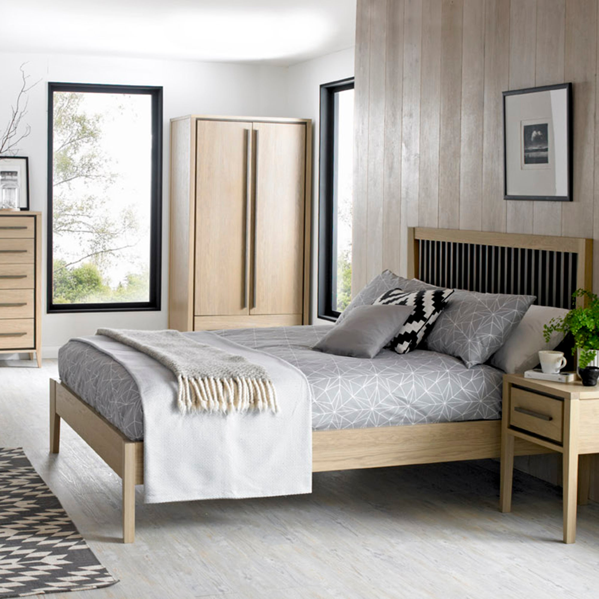 Mason Oak Bedroom Collection