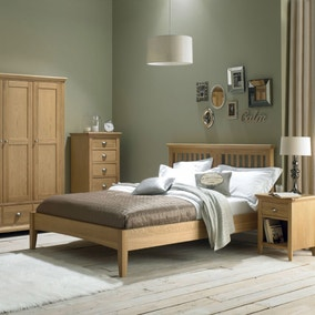 Eaton Oak Bedroom Collection