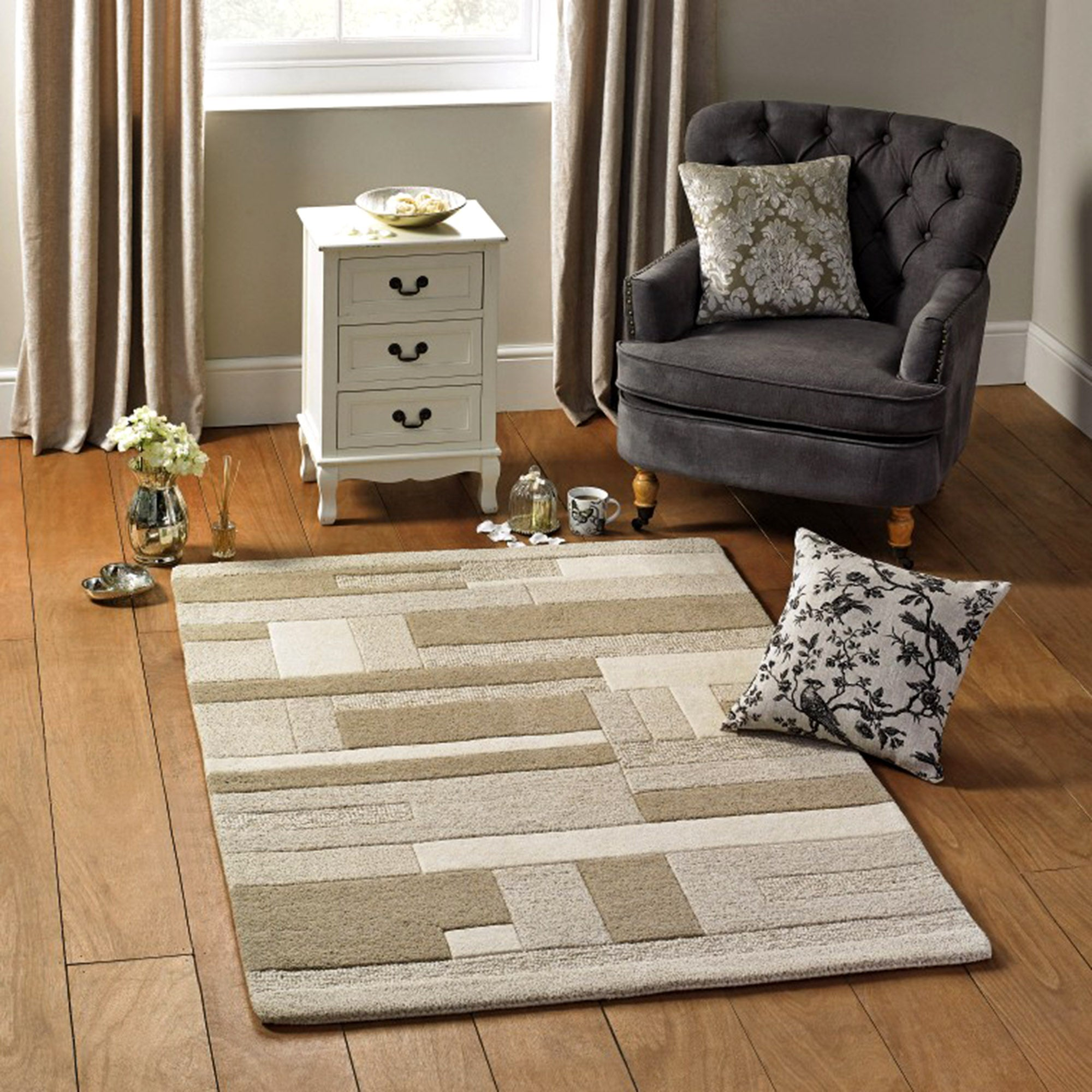 Blanche Rug Collection