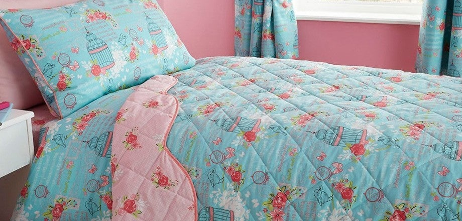 Belle bedding