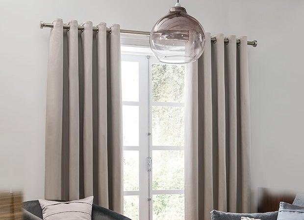 Curtains >
