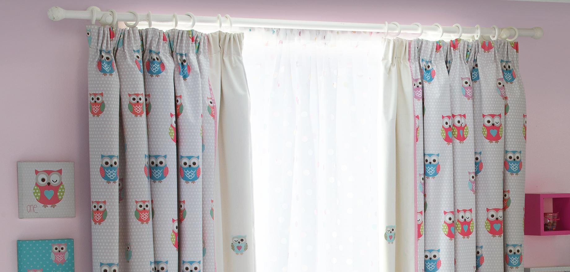 Children's curtains and blinds